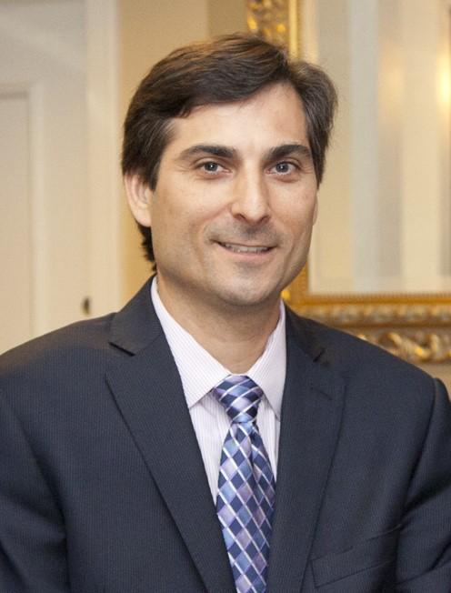 Daniel R. Matlis, Axendia